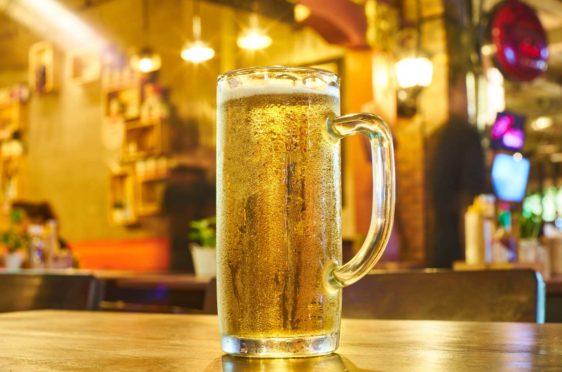 alcohol-alcoholic-background-4592801