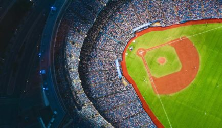 Landing Emirate Stadium